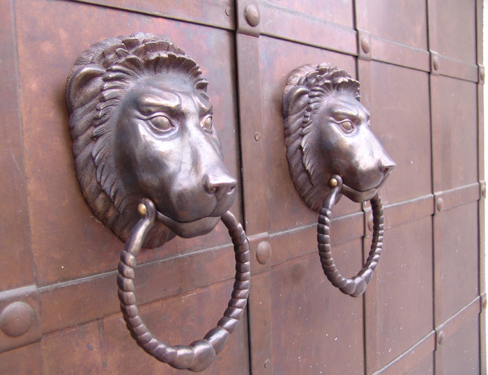 http://www.bronzaikamen.ru/wp-content/uploads/2010/05/ruhki-bronza.jpg