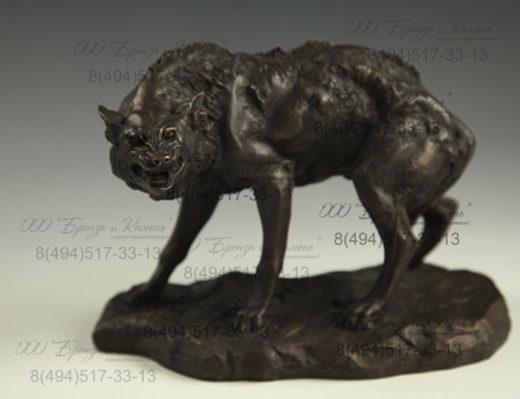 Бронзовый волк. Кабинетная скульптура.